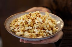 A simple Sticky toffee butter popcorn recipe for you to cook a great meal for family or friends. Buy the ingredients for our Sticky toffee butter popcorn recipe from Tesco today. Toffee Popcorn, Salted Caramel Popcorn, Butter Popcorn, Popcorn Recipes, Pudding Recipes, Dessert Recipes, Desserts, Bonfire Night Food, Homemade Toffee