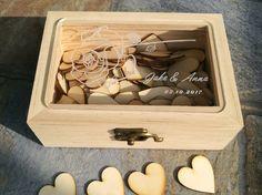 Gastenboek houten box inclusief 100 houten hartjes