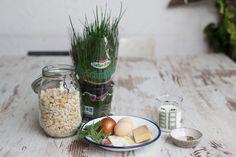 Das beste Rezept | Original Tiroler Kaspressknödel Sauerkraut, Mason Jars, Food, Irene, Noodles, Dumpling Recipe, Simple, Essen, Mason Jar
