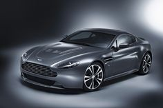 Aston Martin V12 Vantage B.E.A.U.TIFUL!
