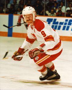 Lanny McDonald Ice Hockey Teams, Bruins Hockey, Sports Teams, Calgary, Lanny Mcdonald, Athletic Looks, Vancouver Canucks, Edmonton Oilers, Win Or Lose