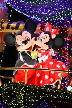 Disney Time, Disney World Trip, Disney Fun, Disney Mickey Mouse, Disney Parks, Mickey Mouse Pictures, Cute Disney Pictures, Cute Wallpaper For Phone, Disney Wallpaper