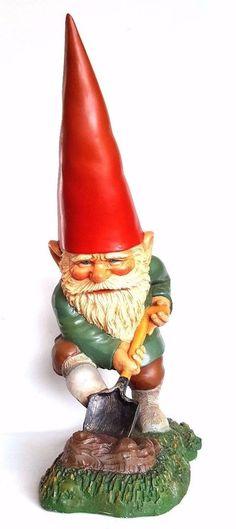 Garden Gnome Gnomy Rien Poortvliet, Gnome with Shovel 22 INCH in Original box