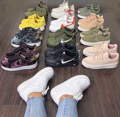 new concept b108b 13bec Ropa Nike, Calzado Nike, Zapatos Bonitos, Zapatos Deportivos, Tacones,  Outfits Con