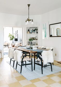 Keep your dining space on trend by incorporating wishbone chairs into your table set. The retro style is sure to fit in beautifully with your minimalist decor.