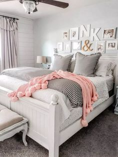 How to layer bedding using a coverlet and duvet. Love these cozy farmhouse beddi. How to layer bedding using a coverlet and duvet. Love these cozy farmhouse bedding ideas. Create a Boys Bedroom Decor, Dream Bedroom, Bedroom Furniture, Diy Bedroom, Bedroom Storage, Bedroom Ideas, Bed Ideas, Rustic Girls Bedroom, Duvet Ideas