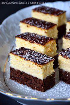Jest to najlepszy sernik jaki do tej pory jadłam. Połączenie sernika z… Polish Desserts, Polish Recipes, Cookie Desserts, Polish Food, Baking Recipes, Cake Recipes, Dessert Recipes, Cake Cookies, Cupcake Cakes