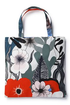 New Marimekko Spring/Summer Bags Spring Bags, Summer Bags, Marimekko Bag, Fashion Bags, Fashion Accessories, Fashion Design Classes, My Style Bags, Motif Floral, Fabric Bags