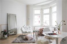 New listing Bo lkv, styling Peeta Peltola Small Rooms, Small Spaces, Interior Styling, Interior Design, Moroccan Art, British Colonial, Helsinki, Wabi Sabi, Small Living