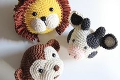 Haakpatronen dierenhoofdjes 1 Diaper Covers, Crochet Baby, Giraffe, Baby Gifts, Free Pattern, Hello Kitty, Beads, Knitting, Crafts