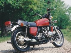 The Honda GL 1000 Gold Wing was rarely seen in this as-delivered 'bare-bones' form.