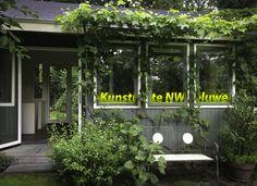 Goedendag,  1, 2 en 3 september stel ik mijn atelier op de Veluwe open tijdens de kunstroute NW Veluwe. U bent van harte welkom. Openingstijden en adres zijn te vinden op www.kunstroute.nu.   Met vriendelijke groeten,  Jacobien de Korte  www.jacobiendekorte.com