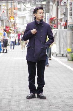 outer:SCYE BASICS PEA COAT ¥88,000 pants:BONCOURA CHINO PANTS 太畝コールテン ¥32,000 shoes:PARABOOTS REIMS ¥65,000 SCYE BASICSの定番ピーコート。一着でスタイリングが完結する素晴らしいシルエットとデザインが魅力です