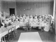 Women at work in a War Hospital Supply depot in Waterford. Date: Thursday, 27 January 1916 NLI Ref. Vintage Nurse, Vintage Medical, Funny Nurse Quotes, Nurse Humor, Nursing Memes, Funny Nursing, Nursing Quotes, Radiology Humor, Male Nurse