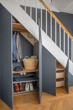 35 Awesome Storage Design Ideas Under Stairs Staircase Storage, Staircase Design, Storage Under Stairs, Staircase Ideas, Modern Staircase, Wood Railings For Stairs, Spiral Staircases, Painted Stairs, Space Under Stairs