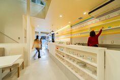 ビルリノベーション。店舗付き住宅のカフェ部分。店舗デザイン;名古屋 スーパーボギーhttp://www.bogey.co.jp