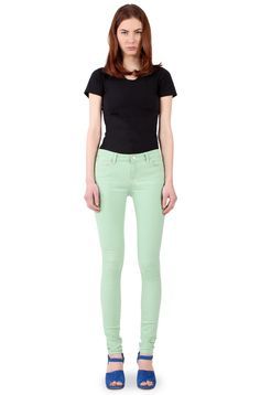 bigchipz.com Woman in Light Green colored Skinny jeans (front view) by  Willia
