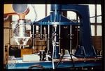 Montieren - Automatisches Greiferwechselsystem mit zwei Greifern und drei Spezialwerkzeugen, Farb-Diapositiv, Kleinbildformat 24x36mm, 1985