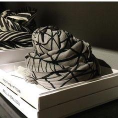 Grey elegance as the perfect gift Design Process, Elegant, Grey, Box, Gifts, Shopping, Classy, Ash, Gray