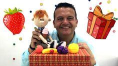 Videos in Spanish. Josep y la Caja Mágica. Vídeo para niños en español. ...