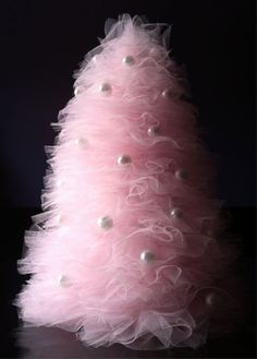 DIY tulle mini-tree with instructions, pictures.