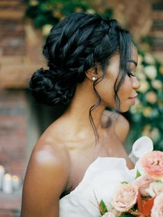 A braided hairstyle is perfect for your big day! Photo: Kristen Kay Photography Romantic Wedding Hair, Long Hair Wedding Styles, Short Hair Styles, Bun Styles, Boho Wedding, Wedding Hairstyles For Long Hair, Bride Hairstyles, Bridal Braids, Bridal Hair