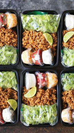 Puten-Taco-Salat-Mahlzeit-Vorbereitung Turkey Taco Salad Meal Prep – Turkey Taco Salad Meal Prep – A much healthier taco teatime offer unless you are prepared for the whole week! Less calories and cheaper! Healthy Snacks, Healthy Eating, Healthy Recipes, Free Recipes, Easy Recipes, Keto Recipes, Good Healthy Meals, Healthy Food Prep, Healthy Lunch Ideas