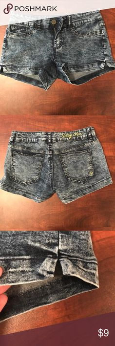 Cute summer shorts Blue jean shorts that are super cute and short. Only wore 3 times and in good condition. They do not fit me anymore. Indigo Rein Shorts Jean Shorts