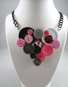 Hey, I found this really awesome Etsy listing at https://www.etsy.com/listing/168911045/retro-glam-2-button-necklace-bib