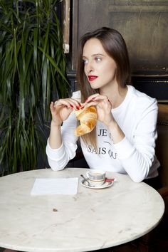 ALEXIA GREDY for SARENZA - LOULOU I LOVE YOU Parisian Girl - French Style - breakfast time - croissant