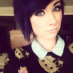I could never actually get away with having this sort of hairstyle but I love the purple