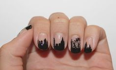 woah! city skyline bare nail art // this is so cool!