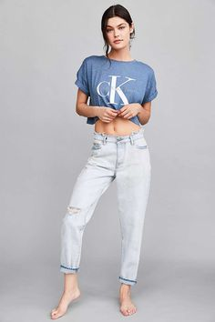 Calvin Klein For UO Cult Girlfriend Ankle Jean - Light Blue Acid Wash - Urban Outfitters
