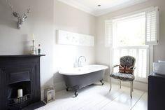 grey painted bath, stag head