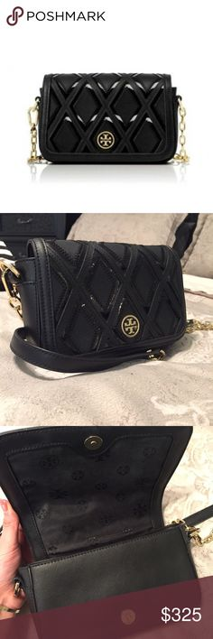 Tory Burch crossbody bag In AMAZING condition, used only a few times, it's been in my closet for the longest. No marks or anything, the hardware is in great condition. Tory Burch Bags Crossbody Bags