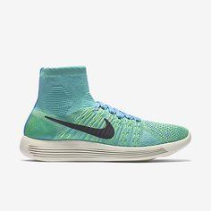 Женские беговые кроссовки Nike LunarEpic Flyknit