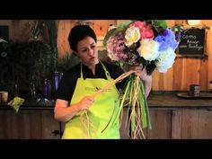 ▶ Como hacer un ramo de flores en una burbuja - YouTube