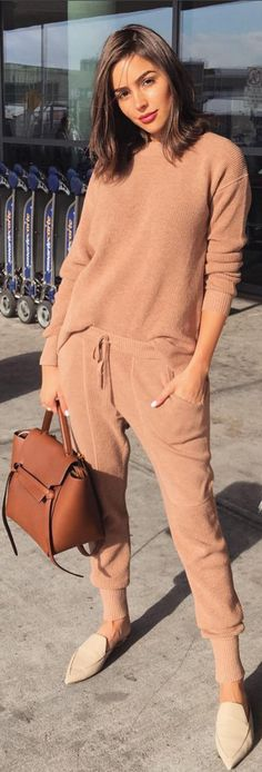 Olivia Culpo in Purse – Celine Sweater and pants – Thakoon Shoes – Nicholas Kirkwood