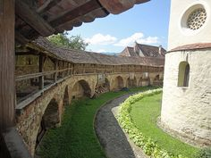 fortified-churches-07-cisnadie