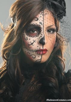 Sugar #skull girl makeup for Halloween - #Halloween Costumes 2013 #Theatrical #creative #makeup #Sugarskull  ::)