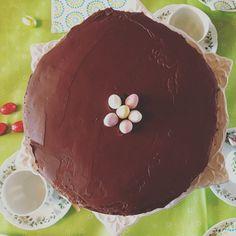 Mud cake. Paas taart