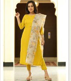 Salwar Pattern, Kurta Patterns, Indian Look, Kamiz, Salwar Suits, Krishna, Kurti, Cold Shoulder Dress, Saree