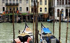 Veneza | Itália _ pra passear de gôndola em noite de lua cheia ao som de um violino brega.