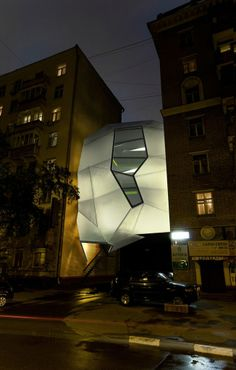 parasite office za bor architects main facade night Офис паразит | za bor architects