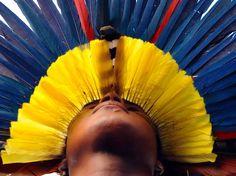 índio da tribo Pataxó #Brazil #yellow #blue