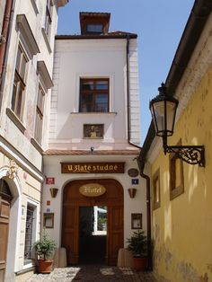 Hotel Entrance, Golden Well Hotel, Prague