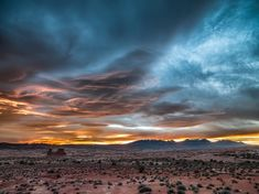 Dramatic sky in the desert #Landscapes #Nature - Kozzi Creative Blog - http://kozzi.tv/Wpeq8