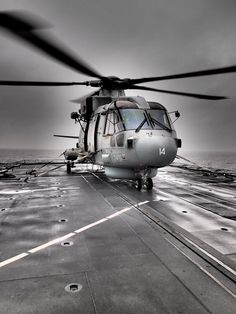 HIR (Helicopter In-flight Refuelling) with a Merlin Helicopter.