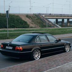 Weird Cars, Crazy Cars, Bmw E38, Bmw Classic Cars, Bmw 7 Series, Hot Rides, My Ride, Mercedes Benz, Rat
