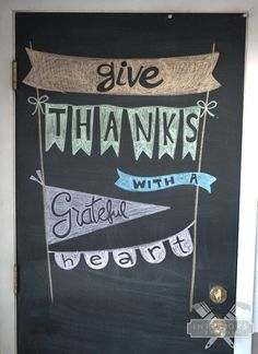 Give Thanks Chalkboard Art Thanksgiving Tafel, Thanksgiving Chalkboard, Fall Chalkboard, Blackboard Art, Chalkboard Lettering, Chalkboard Designs, Chalkboard Paint, Chalkboard Ideas, Chalkboard Calendar